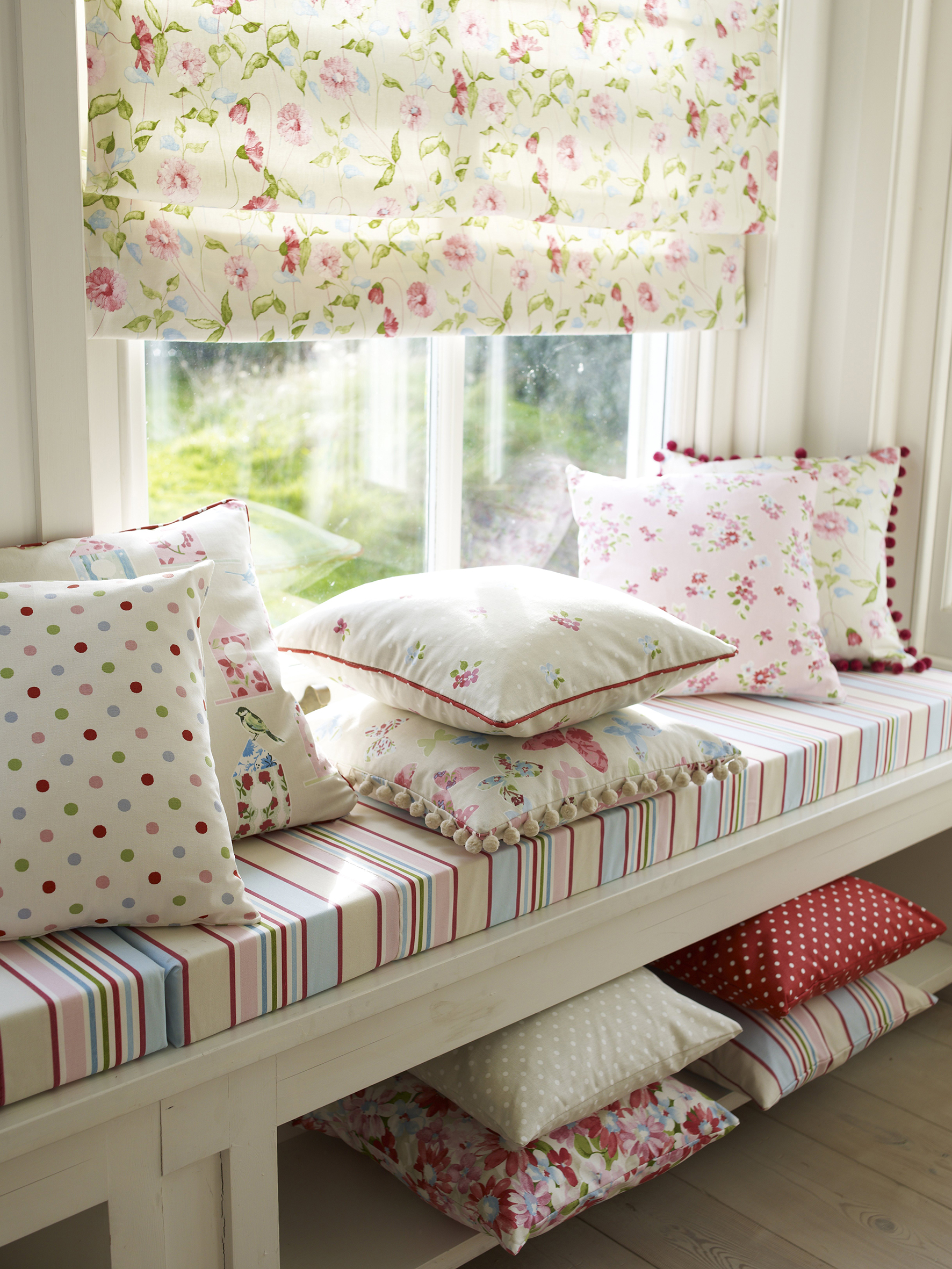 6 Patterned Roman Blinds Perfect For Easter Roman Blinds
